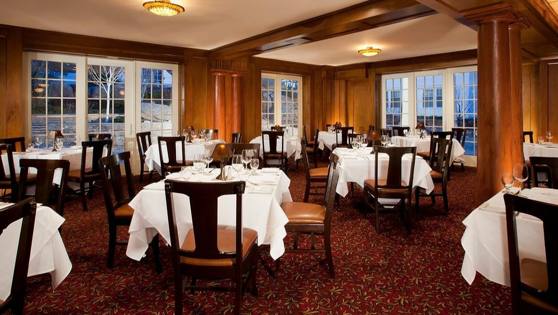 Dining Room at Cascades